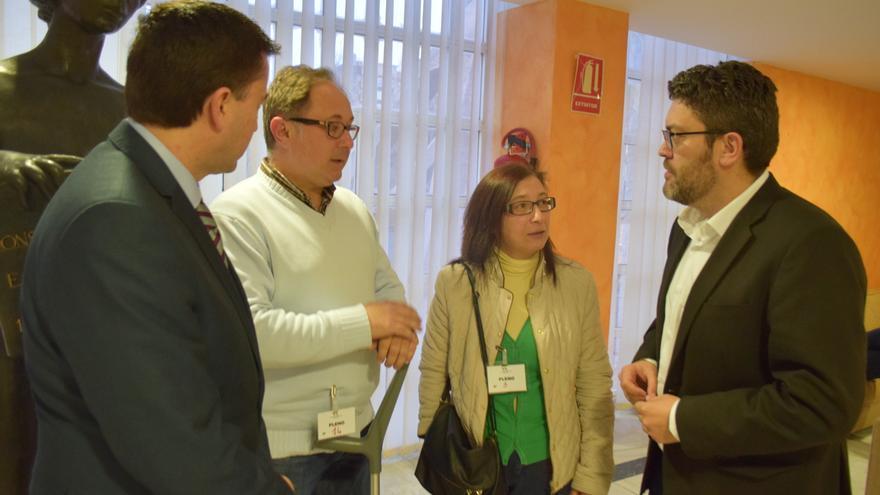 Miguel Sánchez y Juan José Molina con representantes de AVITE