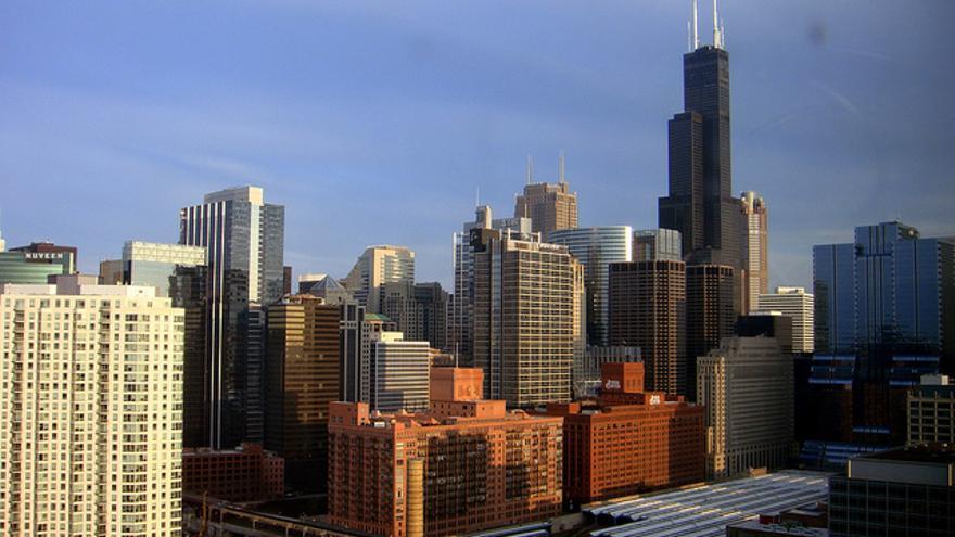 La Torre Willis sobresale entre los edificios de The Loop. Arleixtus