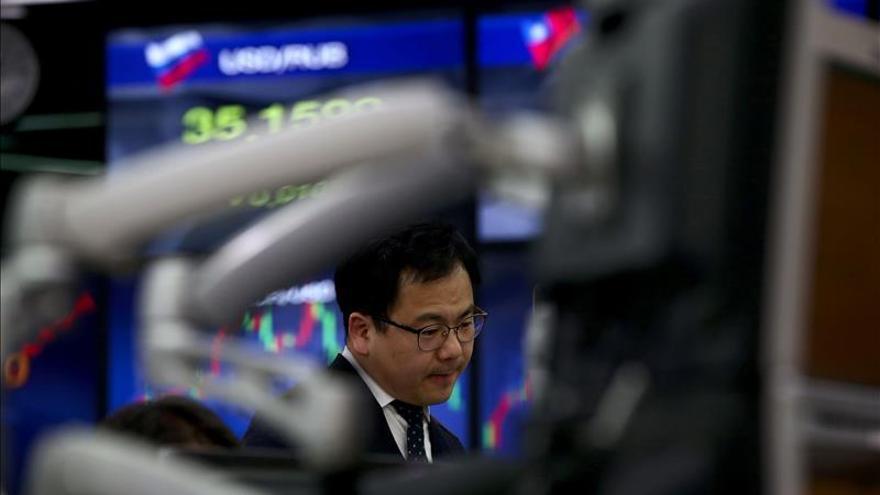 El Kospi surcoreano sube un 0,28 por ciento hasta los 2.133,09 puntos
