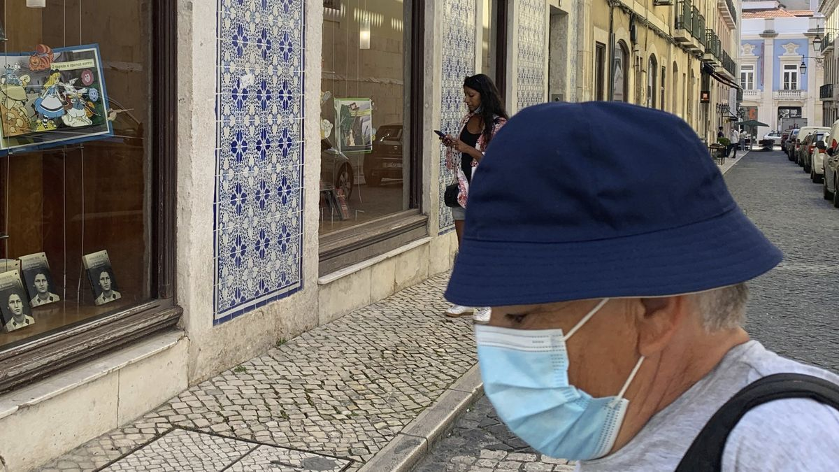 Vista de una calle del centro de Lisboa
