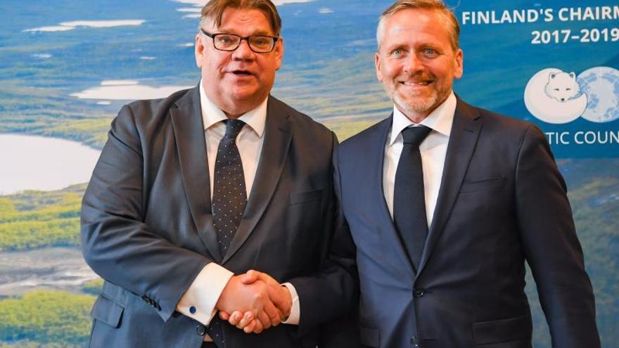 Pompeo y Lavrov evidencian en Finlandia sus diferencias sobre Venezuela