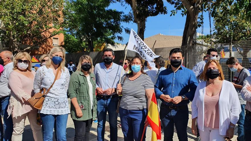 El secretario general del Partido Popular de la Región de Murcia, José Miguel Luengo, en la manifestación de regantes en Cartagena