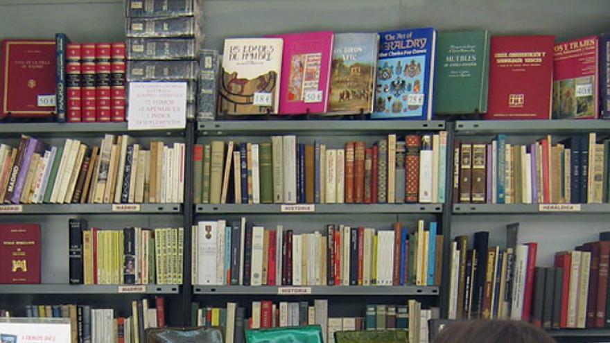 En la Feria del Libro Antiguo y de Ocasión de Madrid (Foto: Wikipedia.org)