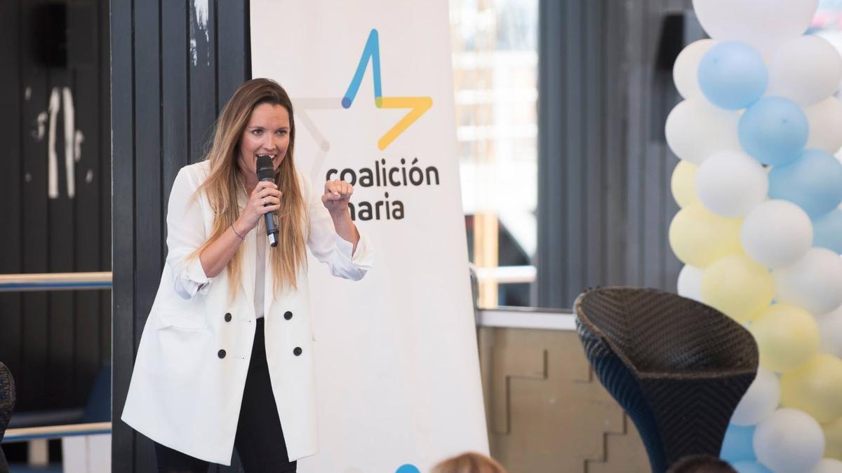 María Fernández, portavoz de Coalición Canaria.