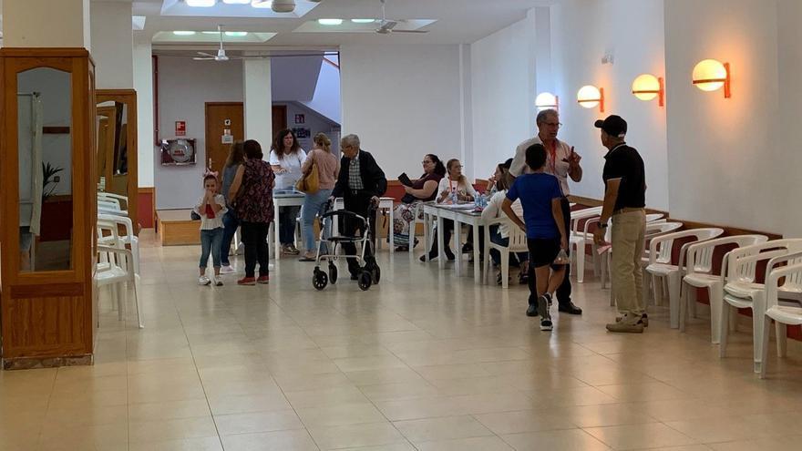 Jornada electoral en la mesa con más personas censadas de La Aldea de San Nicolás.