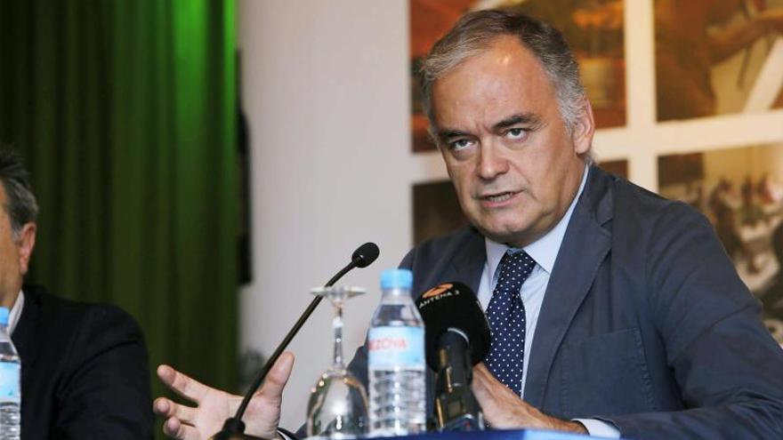 González Pons pide al PSOE que eche una mano al PP en el conflicto en Cataluña