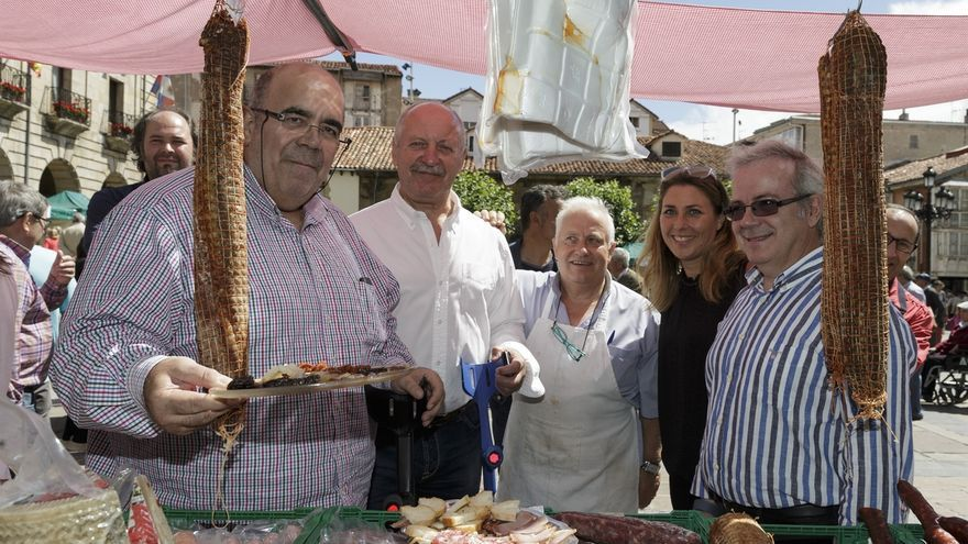 """Los productos de Cantabria gozan """"cada vez de más calidad y mejor presentación"""", según Oria"""