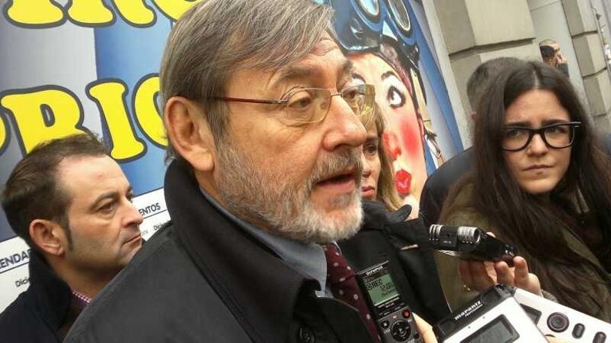 Lissavetzky (PSOE) pide a Botella que despida a los jóvenes del PP que haya contratado a dedo