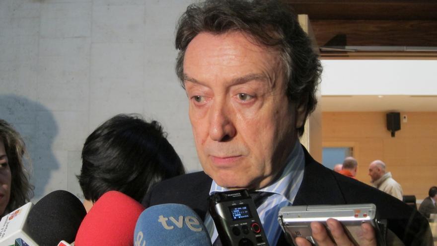 """El portavoz de la Junta de Castilla y León dice que Aguirre """"algo tendrá que ver"""" en el desplome del PP en Madrid"""