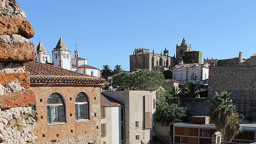 El Casco Histórico de Cáceres desde las fortificaciones. Nicolas Vollmer (CC)