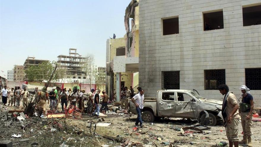 Tres policías yemeníes muertos en un ataque contra un puesto de control en Aden