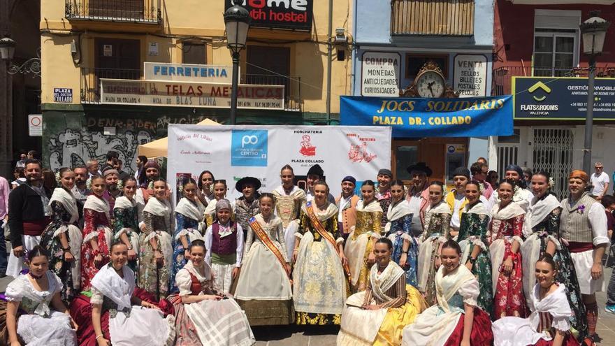 Los participantes en la dansà solidaria