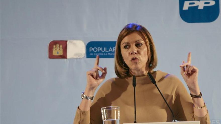 """Cospedal: votar a Ciudadanos """"puede ser votar a Podemos con condiciones"""""""