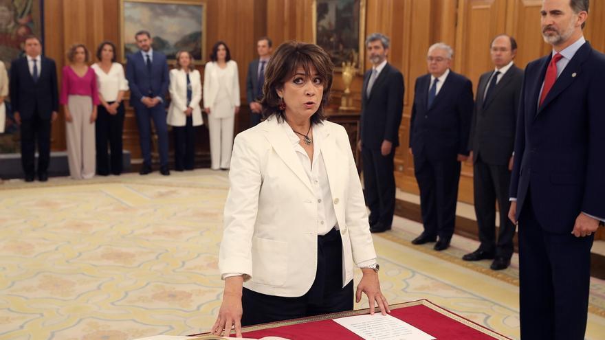 El BOE corrige el decreto de nombramiento de la ministra de Justicia: Se llama Dolores Delgado, no María Dolores