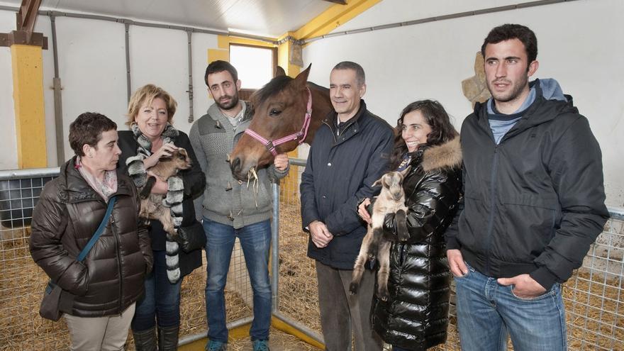 El Gobierno de Navarra colabora en la apertura de la granja-escuela Basabere, en Lezáun