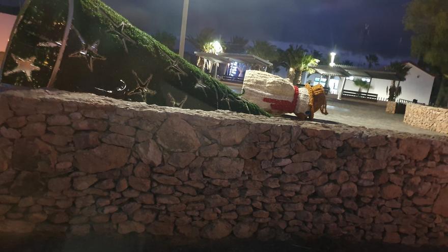 Destrozos de decoración navideña en Fuerteventura.