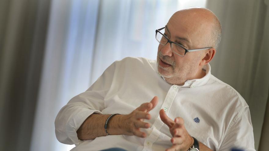 Manuel Alcaraz durante la entrevista.