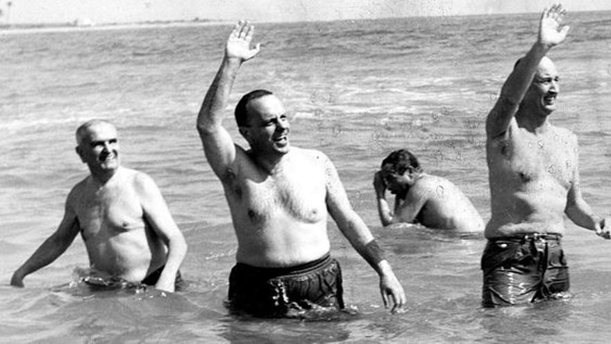 Baño de Manuel Fraga en Palomares