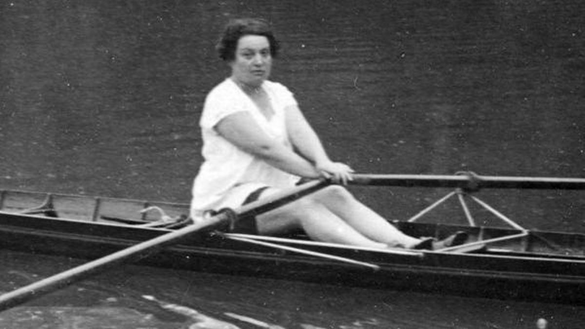 Alice Milliat practicó remo, natación y hockey.