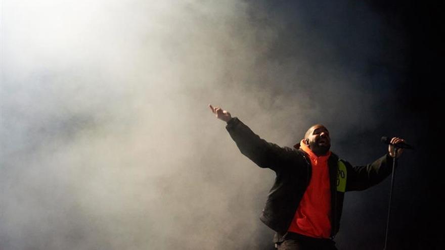 Drake conquista unos Billboard con protagonismo especial para Juan Gabriel