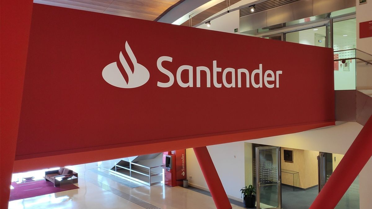 Interior del Banco Santander.
