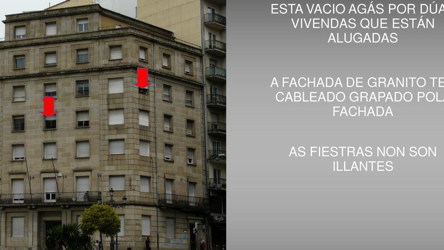 Indicación a los contratistas de la reforma sobre la existencia de dos pisos habitados