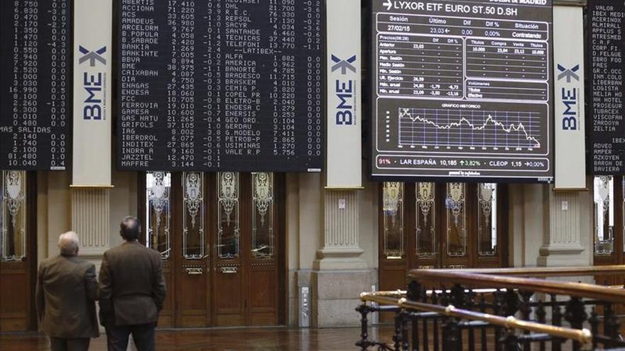 El ÍBEX 35 abre con pequeñas ganancias del 0,18 por ciento y supera los 11.100 puntos