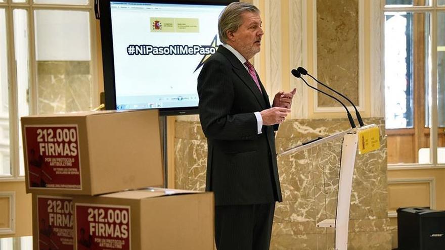 Méndez de Vigo cree que las Comunidades deben hacer una evaluación de sexto conforme al decreto