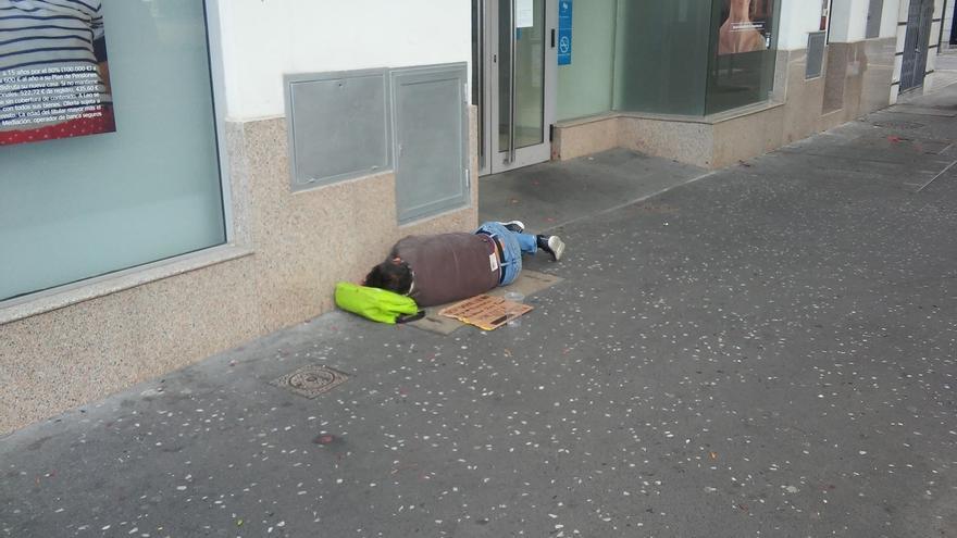 Más de un centenar de personas sin hogar duermen en las calles de Bilbao