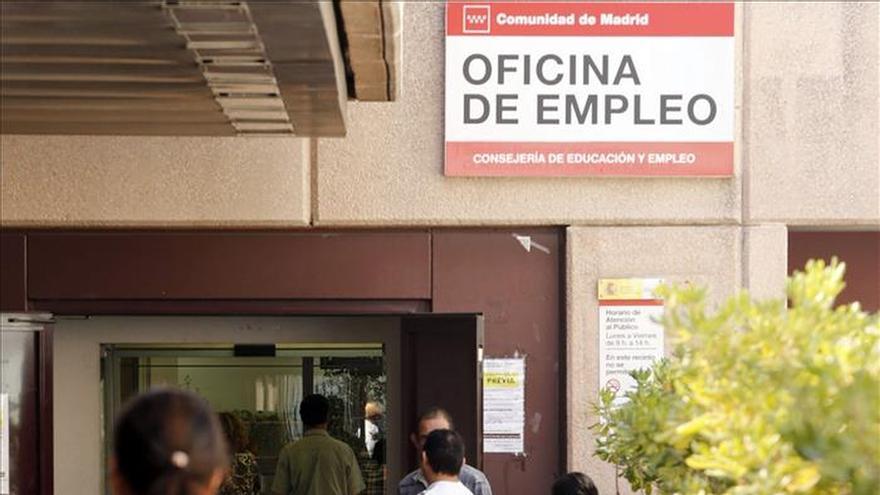 Andalucía y Galicia, CCAA con más parados de larga duración sin estudios