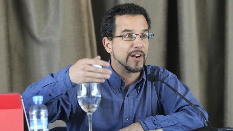 Podemos dice que Monedero no se oculta y que está ocupado en el programa electoral para las generales