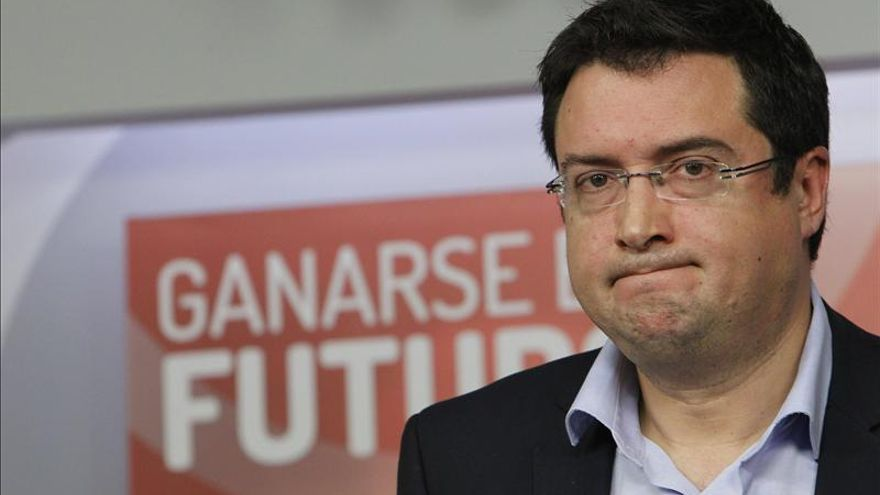 """Óscar López critica que el PP gobierna """"solo y contra todos"""""""