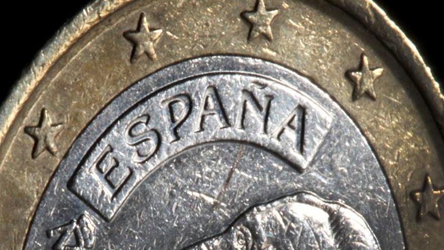 La confianza en la economía española sube un punto en abril tras caer en marzo