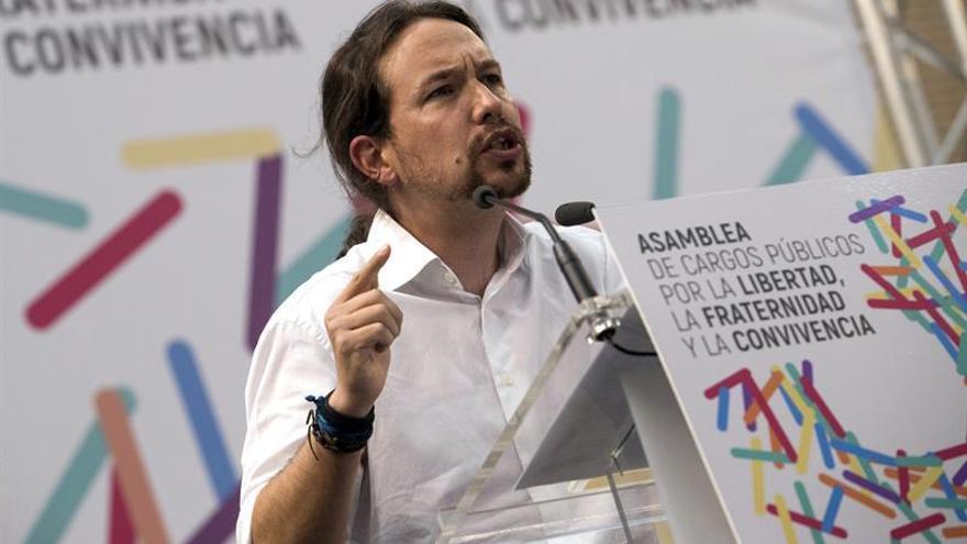 El líder de Unidos Podemos Pablo Iglesias, durante la celebración Zaragoza de la asamblea extraordinaria de los cargos públicos y parlamentarios de la confederación.