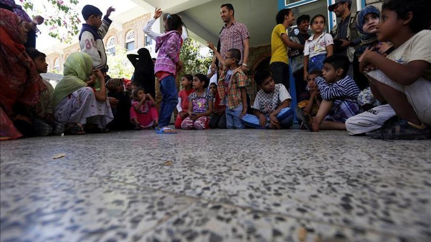 El presidente yemení augura una victoria contra los hutíes y pide ayuda humanitaria