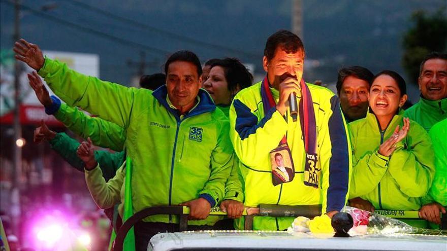 Rafael Correa lidera intención de voto en Ecuador con un 49 por ciento, según sondeo
