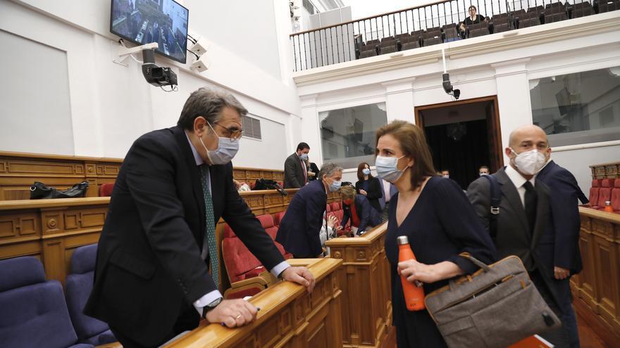 El consejero de Sanidad en las Cortes de Castilla-La Mancha