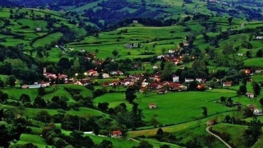 Revilla entregará este domingo a Esles el 'Premio Pueblo de Cantabria 2018'