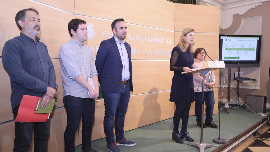 Los representantes de los partidos del Pacte del Grau comparecen para hablar sobre el nuevo Plan General de Ordenación Urbana.
