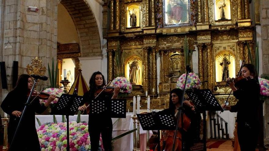 Colombia concluye restauración de iglesia construida en el siglo XVIII