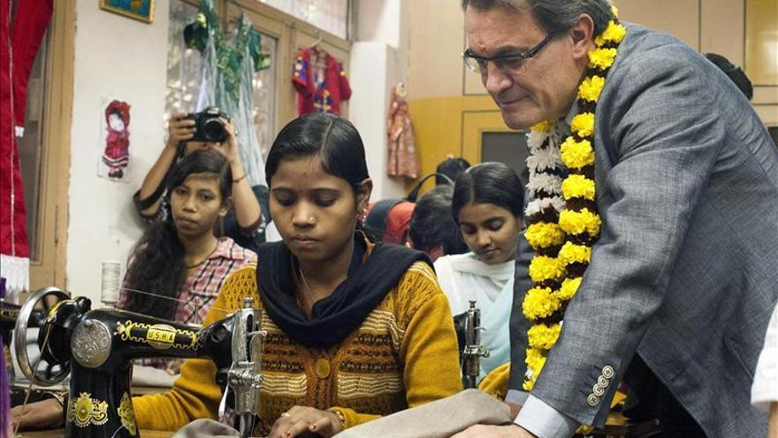 La embajada en la India lamenta que no se la implicara antes en el viaje de Mas
