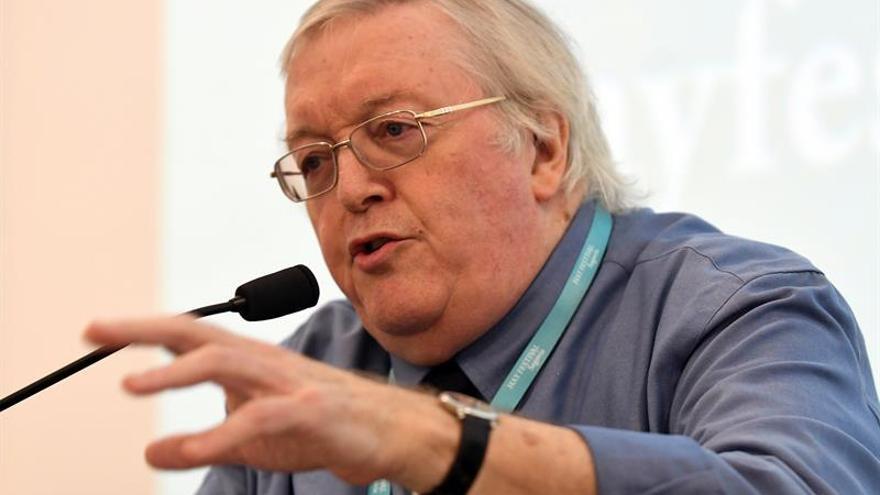 Paul Preston propone que Franco sea enterrado en el mar