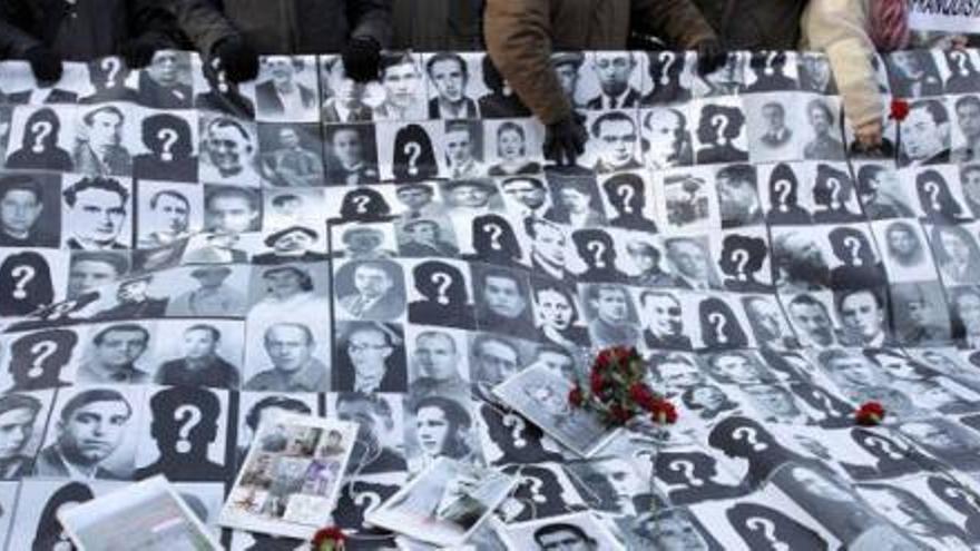 Homenaje a desaparecidos del franquismo