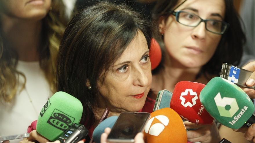 Robles (PSOE) cree que Puigdemont carece de legitimación para aceptar ahora una alternativa a la independencia