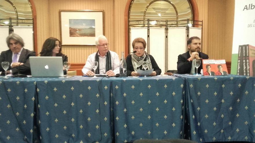 Imagen del último acto de la plataforma, la pasada semana en Madrid, con la presidenta en el centro.