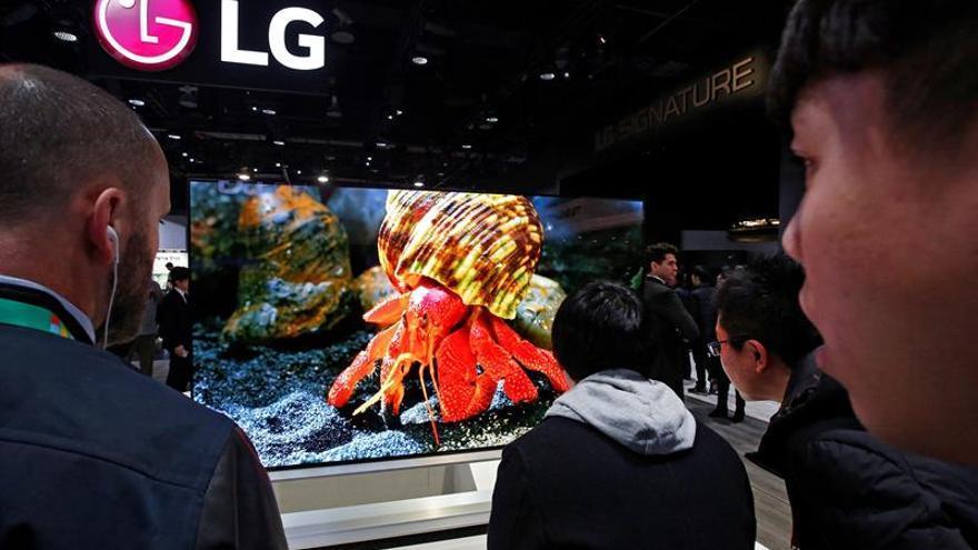 El televisor enrollable de LG saldrá a la venta en España en septiembre
