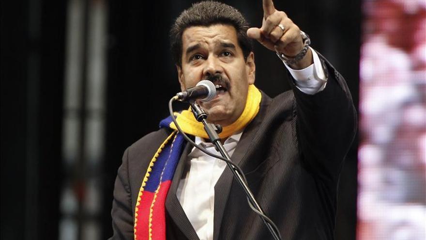 Maduro llega a Brasilia para entrevistarse con Dilma Rousseff