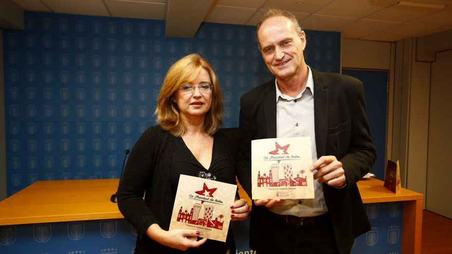 Encarna Galván y Sergio Millares en la presentación de la Navidad 2015