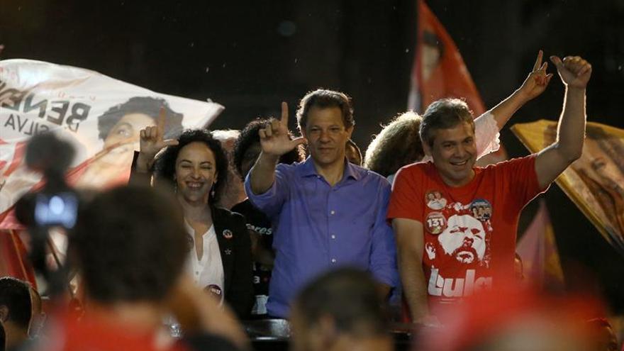 """Haddad dice que es el """"remedio para el fascismo"""" y carga contra Bolsonaro"""