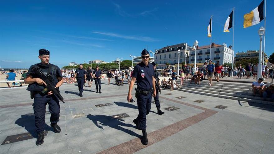 Francia mantendrá su alerta terrorista al máximo en las fiestas de fin de año